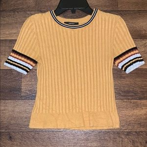 Thick knit material short sleeve top!:)